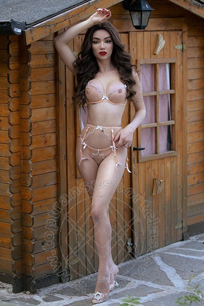Vanessa Hilton  RIMINI 3245846577